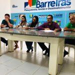 ATENDIMENTO NA PREFEITURA DE BARREIRAS